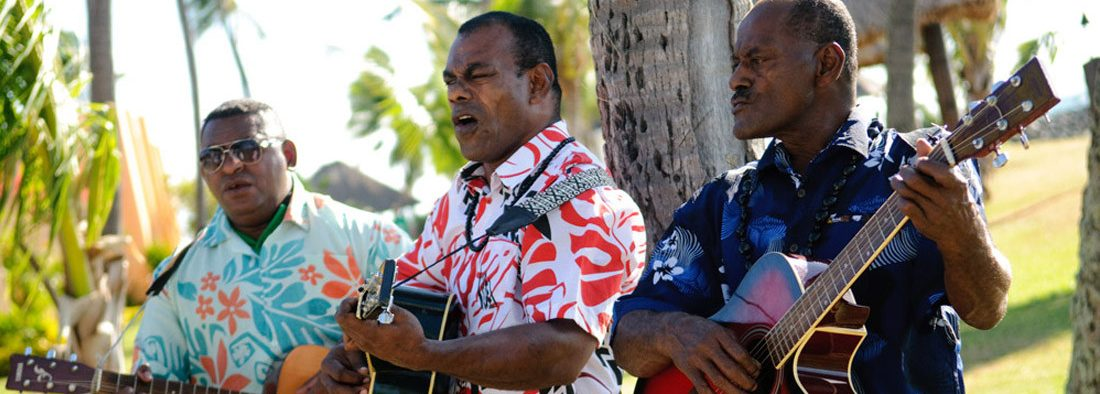 Fiji - Guitar players at a wedding - Wedding Travel